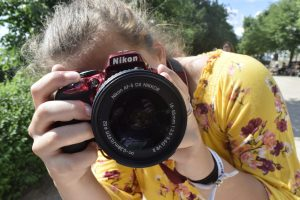 Online photography course for teenager