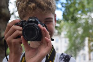 photography courses for teens, best camera for a teenager, sharp shots photo club