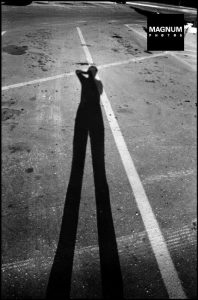 Elliott Erwitt black and white shadow photograph