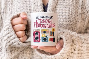 Photographers mug with text I'd rather be taking photographs